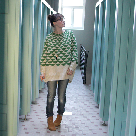 Garland Sweater-poncho