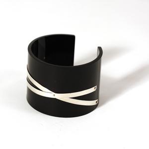 Cuff silver strips, black 50 mm