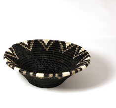 Basket Lavumisa, Mono