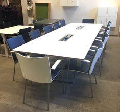 Rektangulärt konferensbord vit/silver