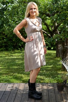 Cream - Kirsten Dress Taupe