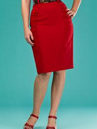 the curvy wiggle skirt. red