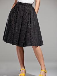 Peachy pleat skirt. Black, white dots