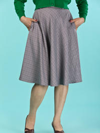 the jazzy A-line skirt. brown weave