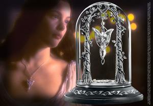 Arwen Evenstar med display