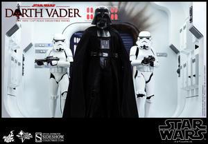 Darth Vader 1:6 scale figure
