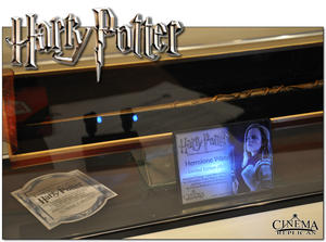 1. Hermione Granger's  wand CR EXCLUSIVE Version