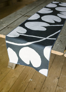 WATER LILIES TABLE RUNNER, NIGHT BLUE