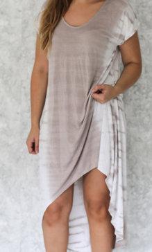 Lia dress white