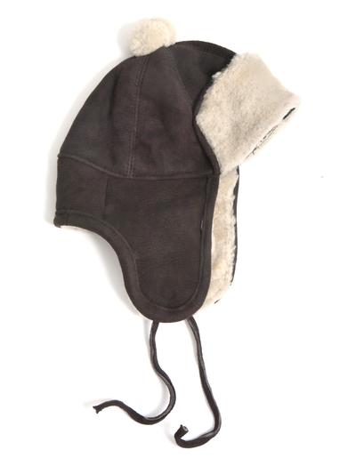 Hat in sheepskin, dark brown/white