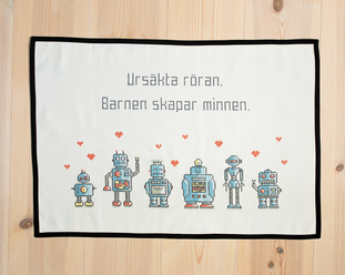 Ursäkta röran / We are the robots