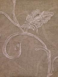Linne-beige broderade gardiner öljettlängder shabby chic lantlig stil