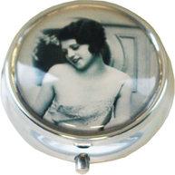 Sminkspegel vintage flicka shabby chic lantlig stil