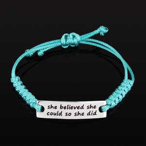 "Armband Happy ""she believed she could so she did"""