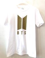 BTS T-shirt - Vit  med guld logo