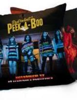 Red Velvet Peek A Boo Kudde