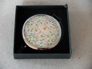 Spegel/William Morris  Daffodil