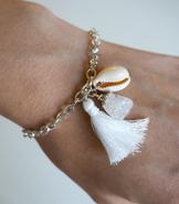 Armband med tre hängen
