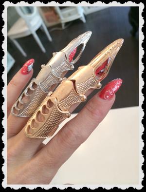Tuff silverfärgad ring
