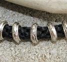 Metallpärlor mönstrade ringar innermått 7mm