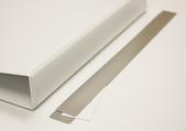 Istoppsverktyg i metall till pärmficka rygg