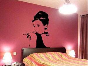 Väggdekor -Audrey Hepburn 65 x 92 cm, svart dekor
