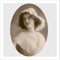 """Transfer picture for textiles, """"French woman in white"""""""