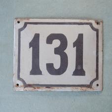 Vanha emalikyltti numero 131