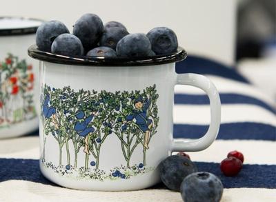Elsa Beskow Blueberries emaljmugg 2,5 dl