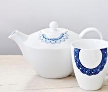 Tekanna vit/blå