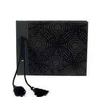 Gästbok 18x22 svart cirkel