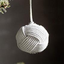 Ball ornament ivory
