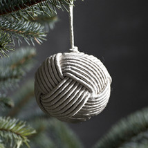 Ball ornament silvergrey