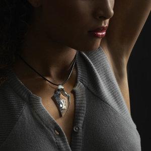MJ Jewellery Amazona