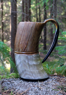 Jarl's Horn Mug, Carved