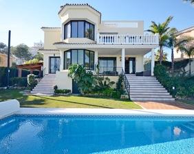 Дом на Коста дель Соль La Cala Mijas 4 спальни