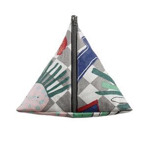 Toiletry Bag (Tetra shaped) Livstycket – language is the key – integration