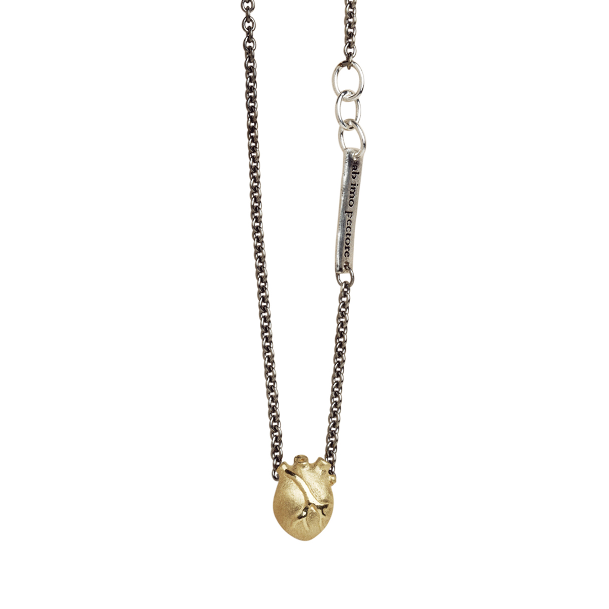 BJÖRG halsband - anatomiskt hjärta 5a421b743d8b2
