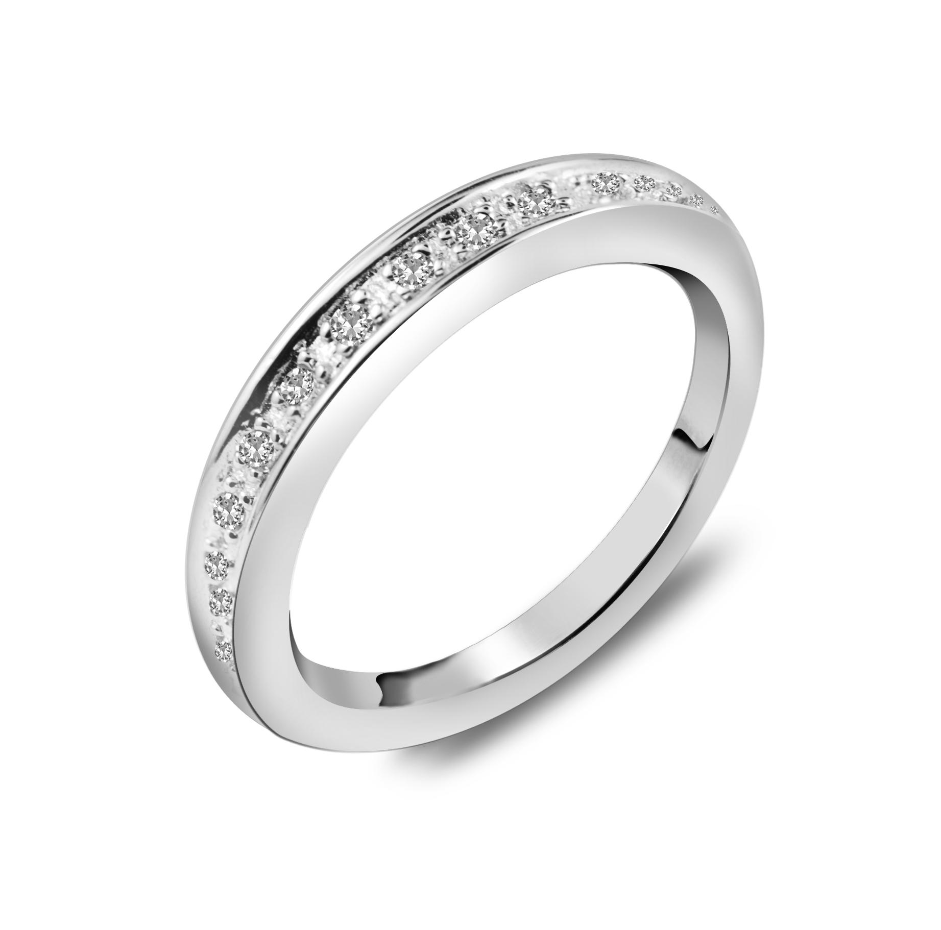 silverring med diamanter