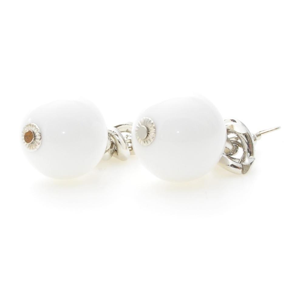 örhängen vita pärlor