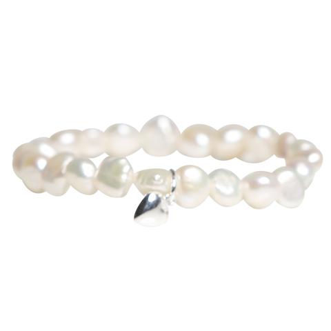Barnarmband - vita sötvattenpärlor - hjärta - silver 48d0ac07058f2