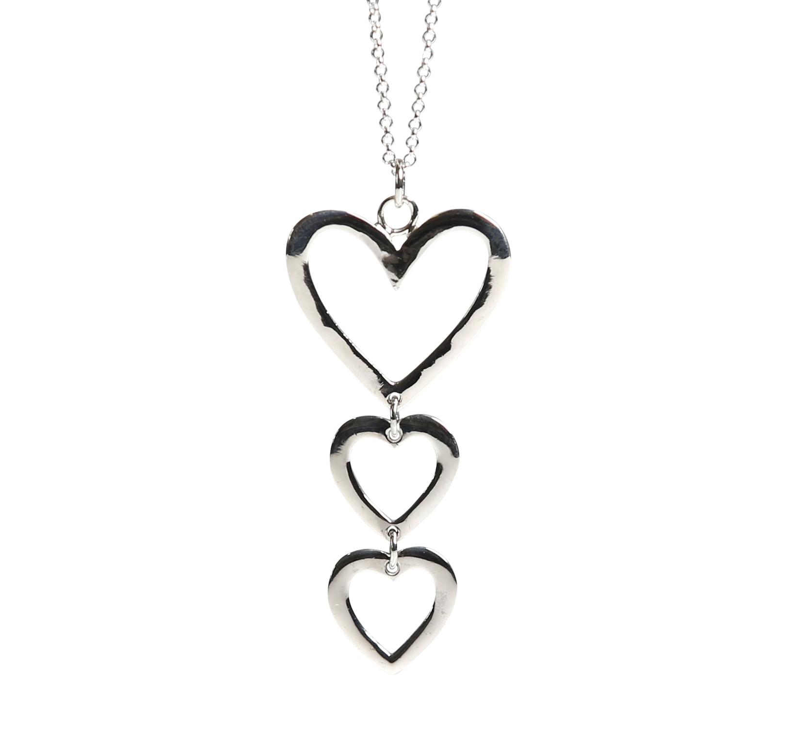silverhalsband med hjärta