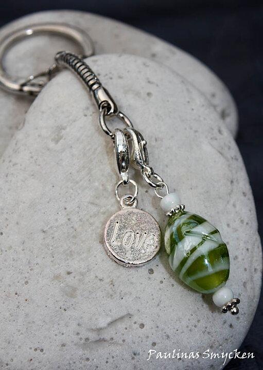 Paulinas Smycken - Nyckelring med glassten i petrol