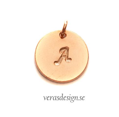 Halsband med bokstäver 3cf0146d09f9d