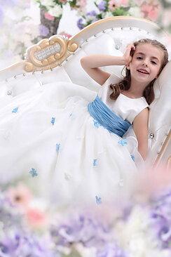 f1886de9a8de Billig brudklänning, balklänning, bröllopsklänning & festklänning i ...
