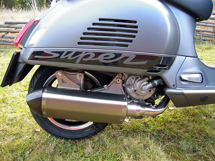 performance kit vespa gts 300 akrapovic. Black Bedroom Furniture Sets. Home Design Ideas