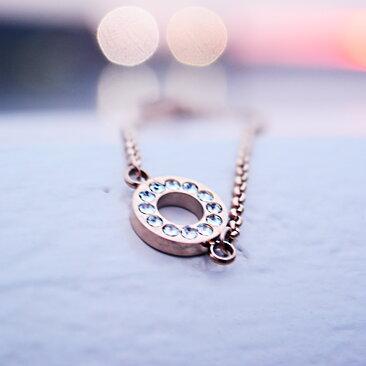 Lilja   Lykke - Armband Fullmåne d50bcdc1ed008