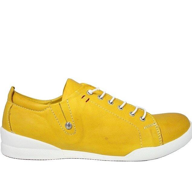 Sneakers från Charlotte of Sweden e32661131486d