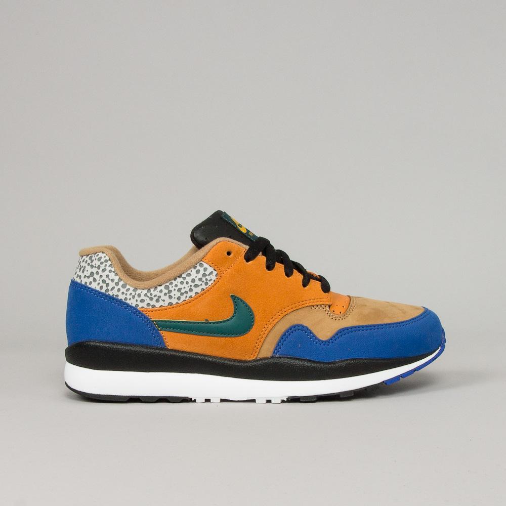 Nike Air Safari SE SP19 Shoeline