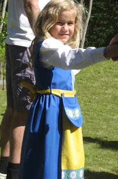 aa7dfdcfe9f Sverigeklänning - barn - sverigedräkt